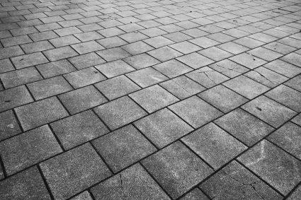 Obróbka betonu – co się na nią składa?